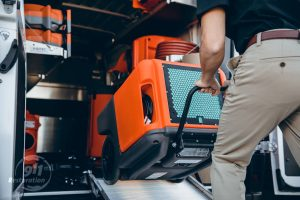 911Restoration-water-removal-dryer-kansascitymetro
